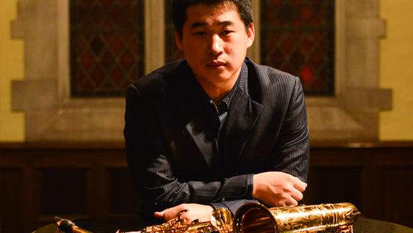发表论文《萨克斯管泛音,超吹练习方法》,《古典萨克斯管基础教学研究